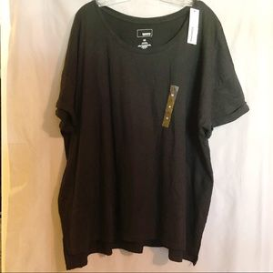 NWT black t-shirt cuffed sleeves & scoop neckline